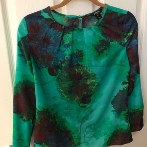 JCrew silk printed top.  Excellent condition